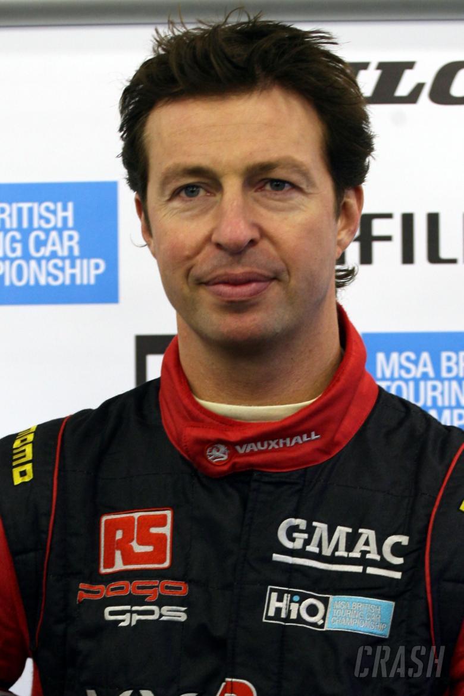 Matt Neal (GBR) - VX Racing Vauxhall Vectra