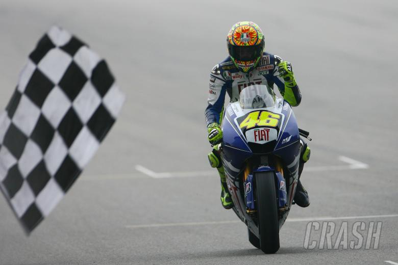 Rossi wins, Chinese MotoGP 2008