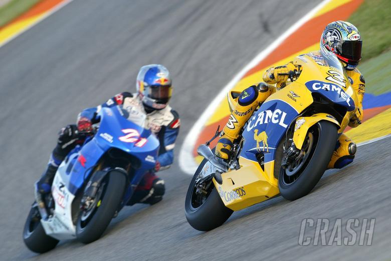 Biaggi, Hopkins, Valencia MotoGP 2004