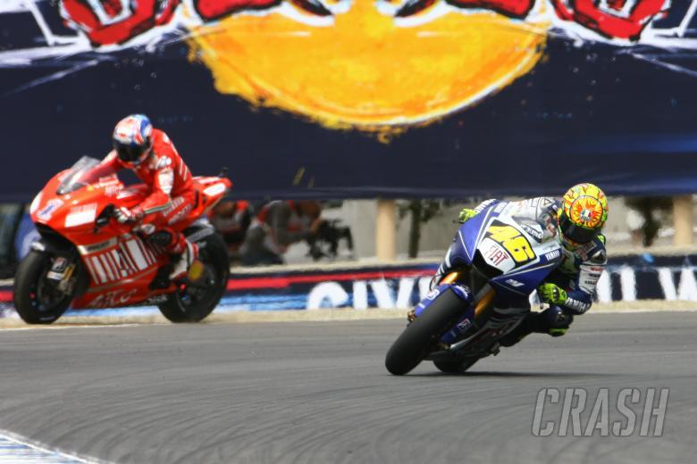 Stoner runs wide, Rossi, US MotoGP Race 2008