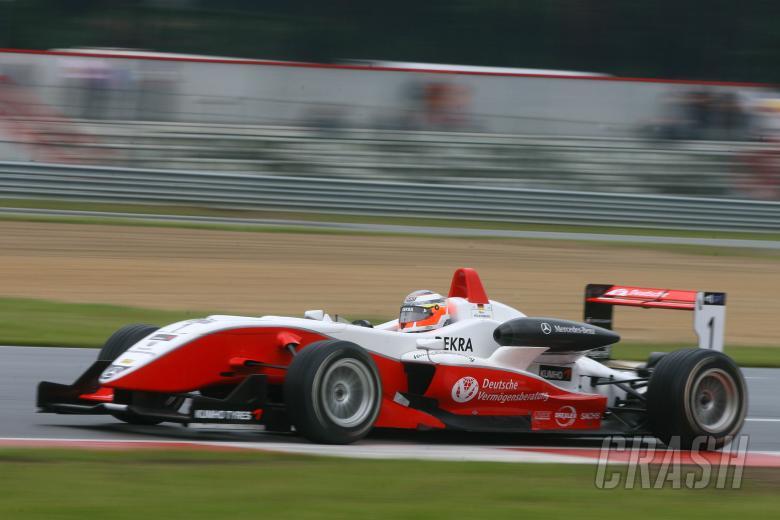 Nico Hulkenberg (D) - ART Grand Prix Dallara Mercedes