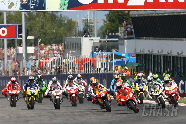 Stoner leads start, San Marino MotoGP 2008