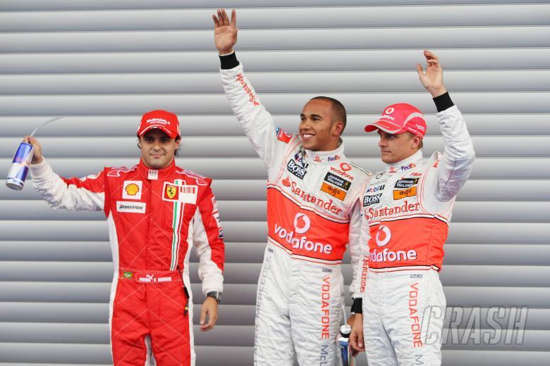 Felipe Massa (BRA) Ferrari F2008, Lewis Hamilton (GBR) McLaren MP4-23, Heikki Kovalainen (FIN) McLar
