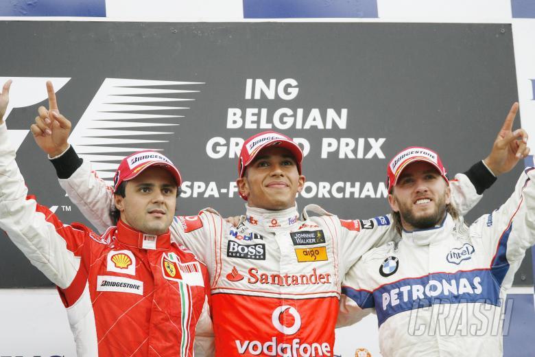 Felipe Massa (BRA) Ferrari F2008, Lewis Hamilton (GBR) McLaren MP4-23, Nick Heidfeld (GER) BMW Saube