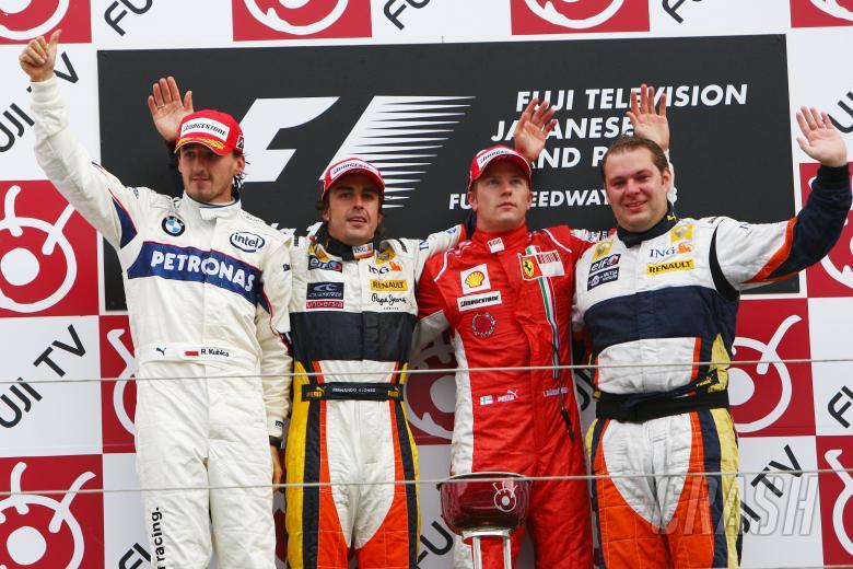 Robert Kubica (POL) BMW Sauber.F1.08, Fernando Alonso (ESP) Renault R28, Kimi Raikkonen (FIN) Ferrar