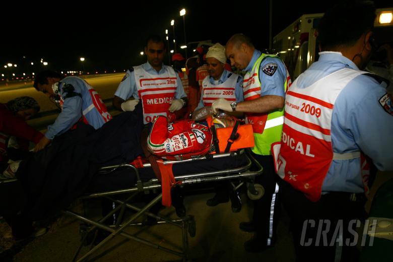Hayden after crash, Qatar MotoGP 2009