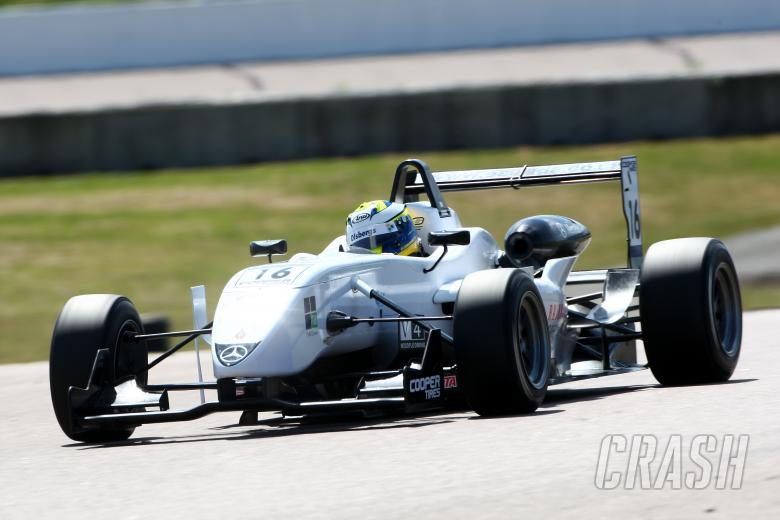 Marcus Ericsson (SWE) - Raikkonen Robertson Racing Dallara Mercedes