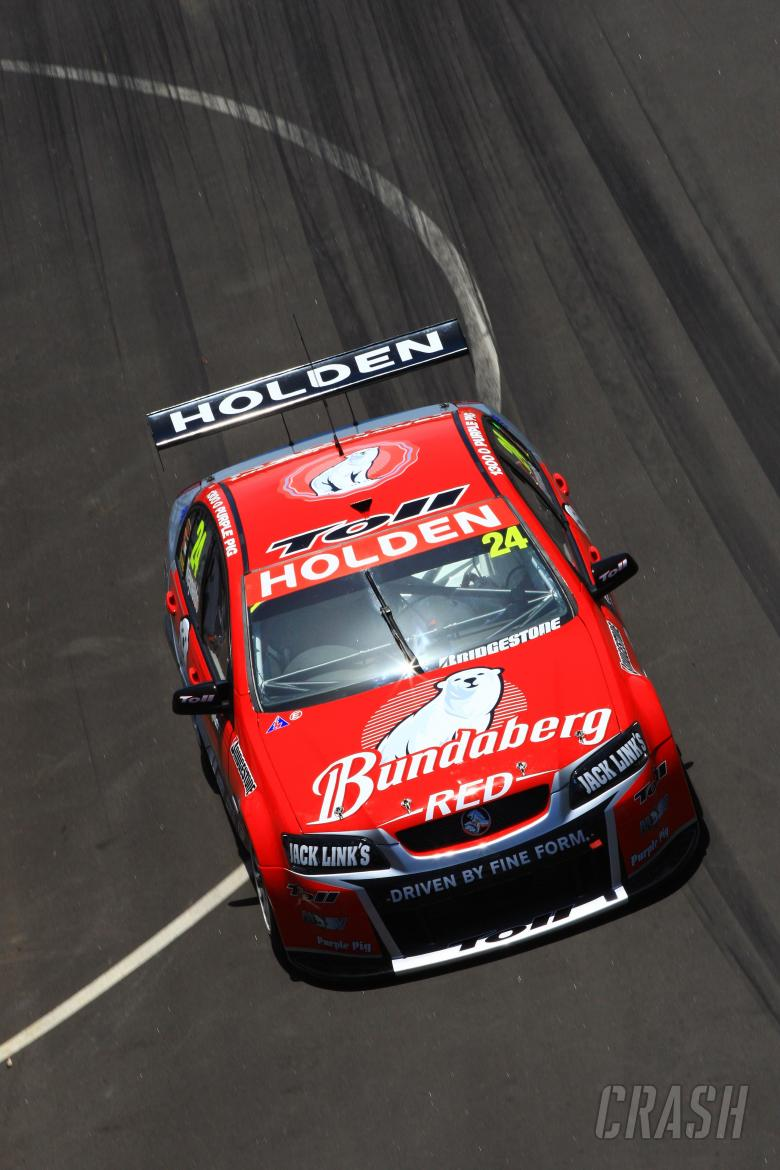 , David Reynolds (Aust) Bundaberg Red Racing Team HSV Commodore