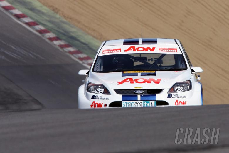Tom Chilton (GBR) Team Aon Ford Focus