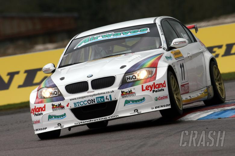 Steven Kane (GBR) Airwaves  BMW 320si E90