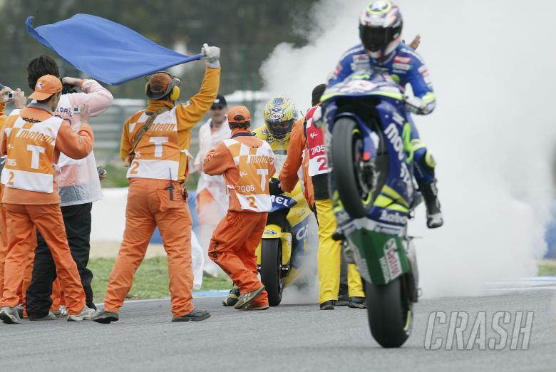 Barros Burn-Out, Melandri wheelie, Portuguese MotoGP Race, 2005