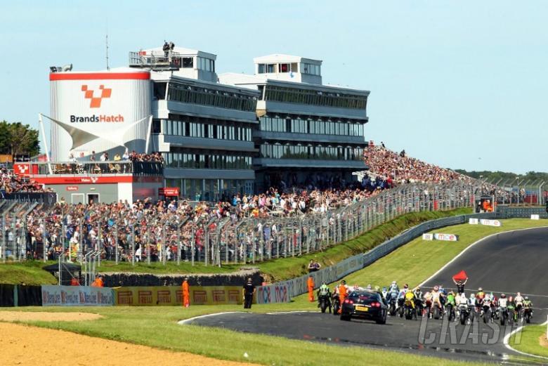 Quelch Afterdark joins Brands Hatch grid