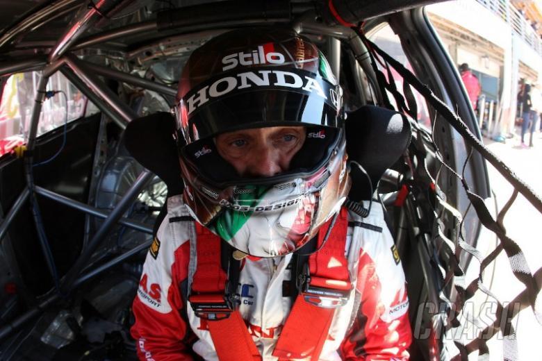WTCC Slovakia 2013: Tarquini clinches Honda's first Slovakia pole