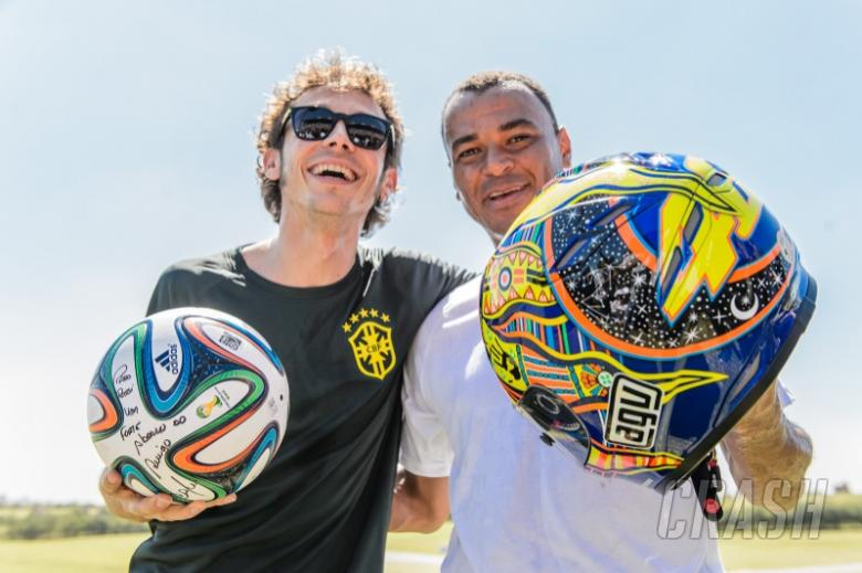 Rossi back in Brazil, plays football with Cafu