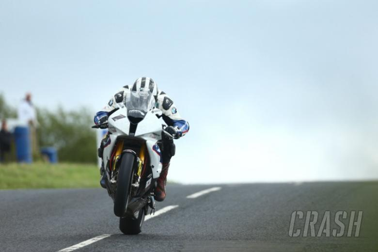 Ulster GP: Michael Dunlop clinches Superstock pole