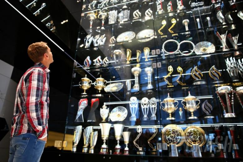 20 Red Bull F1 trophies found in lake
