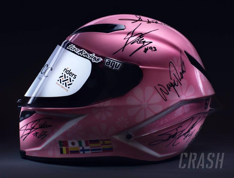 Helmet signed by MotoGP stars sets record