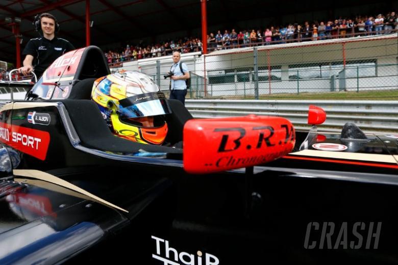 EURO: Lotus F1 juniors join Signature Racing in F3