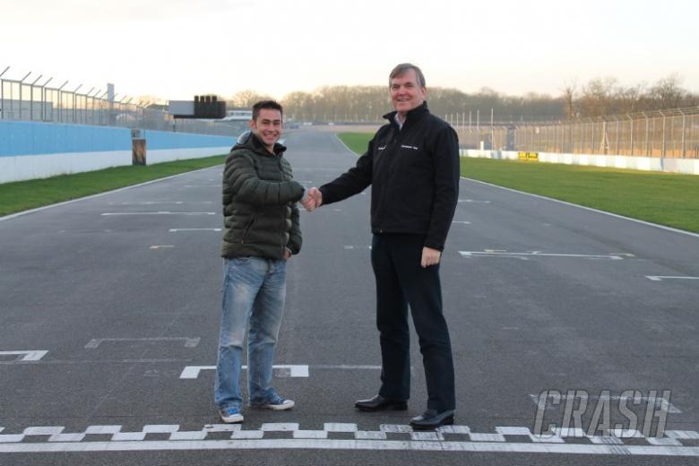 Donington Park to sponsor Leon Haslam