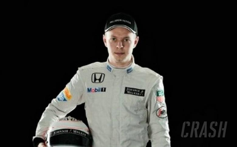 Magnussen replaces Alonso for final F1 test