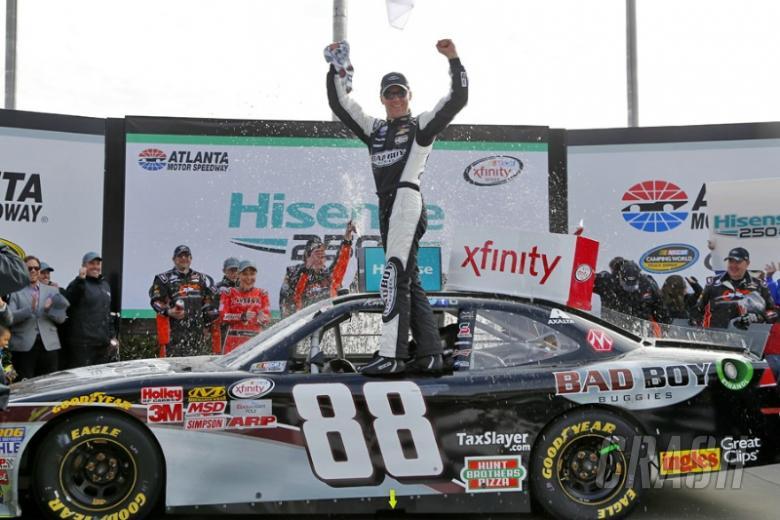 Harvick wins Atlanta Xfinity race with ease