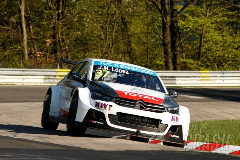 Lopez cruises to Nordschleife win