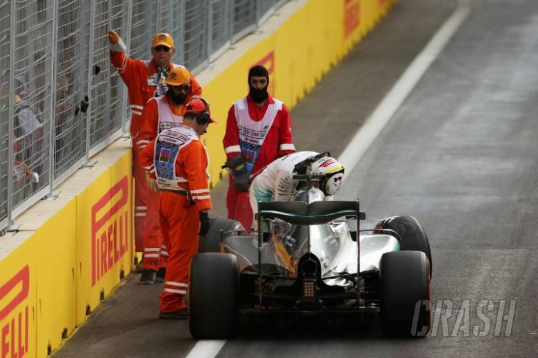 'Zero rhythm' as Hamilton takes blame for crash