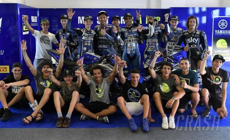 Rossi surprises Master Camp students