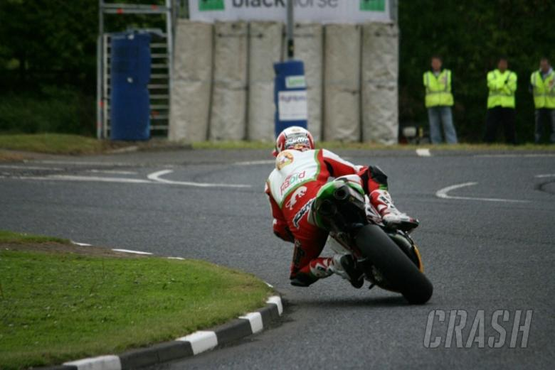 'Rain master' Rutter hoping heavens stay closed