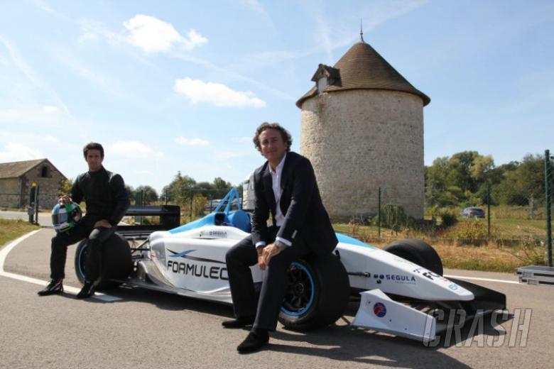 Pirelli test driver backs Formula E