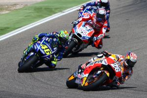 Rossi, Pedrosa disagree over close pass