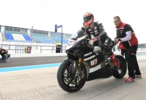 Ducati Panigale V4 debuts with Zanetti at Jerez