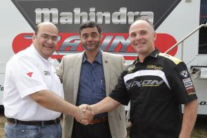 Mahindra's Mufaffal Choonia, S P Shukla and Eskil Suter, Czech MotoGP 2012