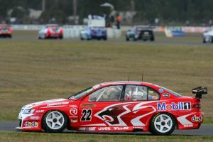 Todd Kelly, HRT CommodoreRd 6 V8 SupercarsQld RacewayIpswichAust 23rd Jul 2006