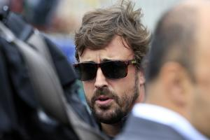 Alonso urges McLaren to quickly decide Honda future