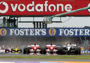The start of the 2004 British GP