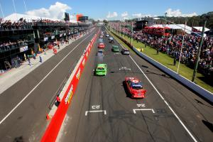 Craig Lowndes,Jamie Whincup, (Aus), Team Vodafone 888 Ford, won the Bathurst 1000. The cars go off o