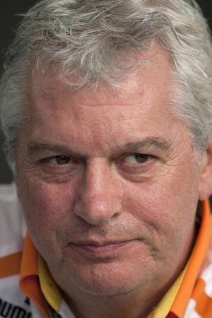 Pat Symonds (GBR) Technical Director Renault, Bahrain F1 Grand Prix, Sakhir, Bahrain, 24-26th, April