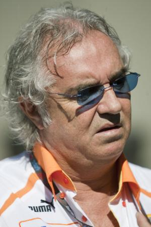 Flavio Briatore (ITA) Renault Team Principal, Australian F1 Grand Prix, Albert Park, Melbourne, 27-2