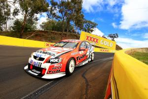 Garth Tander,  (aust), Will Davison (Aus) Toll HRT Commodore   Race 18 V8 Supercars Supercheap B