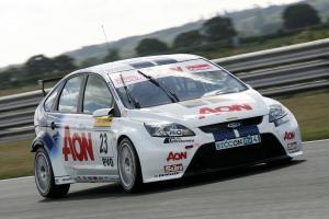 Tom Chilton (GBR) - Team Aon Ford Focus ST