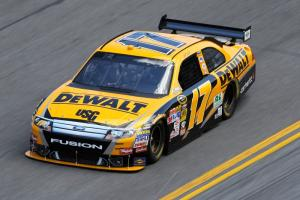 #17 DeWalt Tools Ford - Matt Kenseth