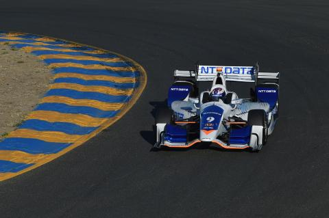 Ganassi cuts back to two-car IndyCar entry for 2018