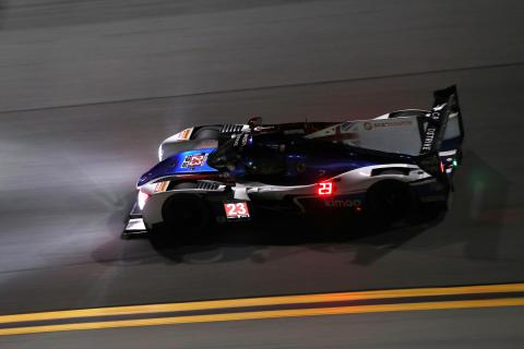 F1 night races helped Alonso for Daytona test debut