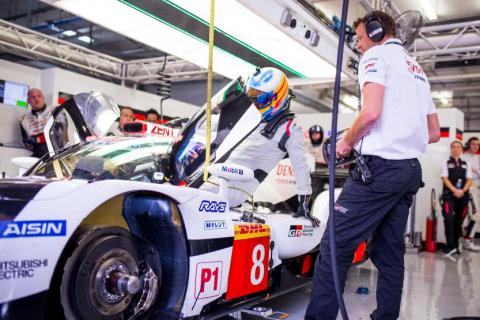 Alonso completes over 100 laps for Toyota in maiden LMP1 test