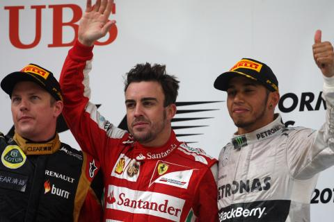 14.04.2013- Race, 2nd position Kimi Raikkonen (FIN) Lotus F1 Team E21, Fernando Alonso (ESP) Scuderi