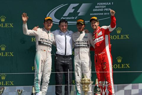 Hamilton beats Williams, rain in British GP thriller