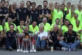 ,  - 17.11.2013- Race, Celebration, Christian Horner (GBR), Red Bull Racing, Sporting Director and Sebast