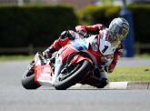 Honda retains McGuinness, Cummins for TT 2015