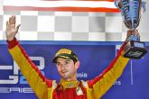 Rossi wins after errors for Vandoorne and Lynn